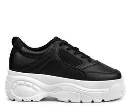 Paksupohjaiset Kengät
